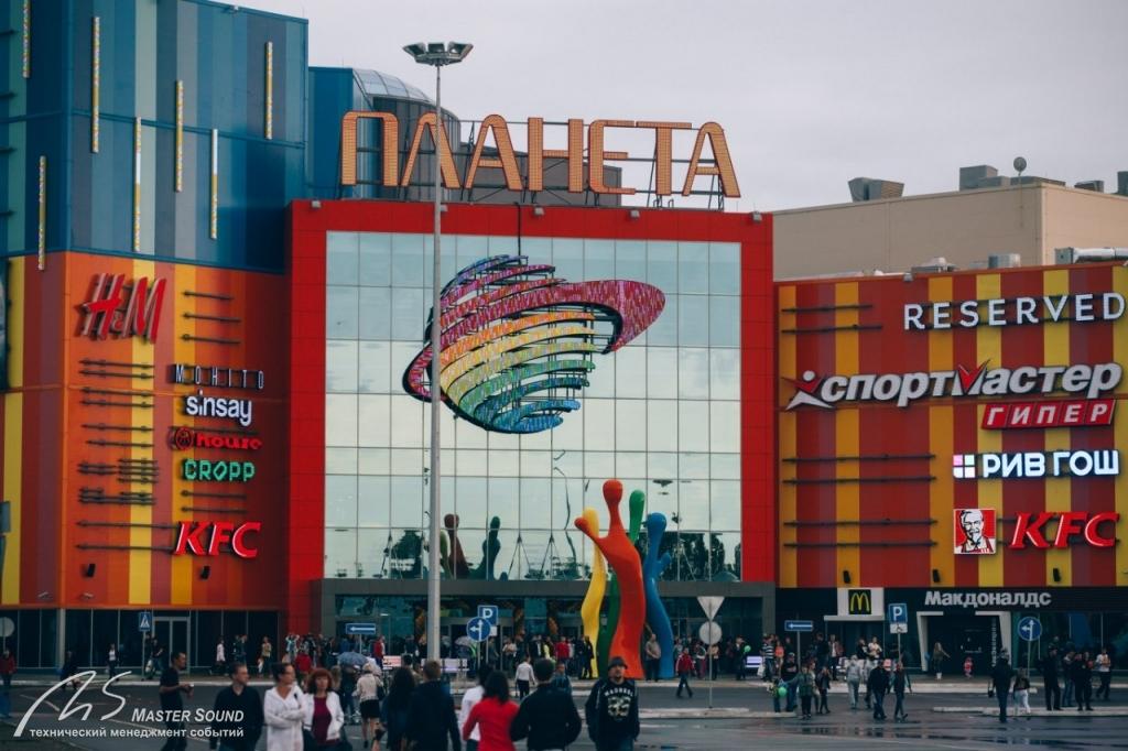 В трц планета в красноярске начал работу обувной магазин zenden, сообщает пресс-служба компании malltechzenden